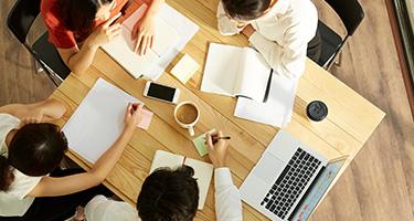ホームページ制作に必要なIT人材を用意する方法